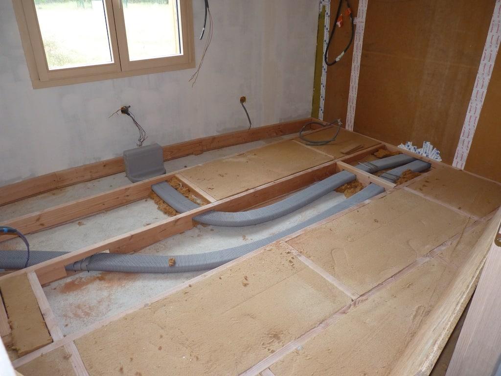 quel choix faut il faire entre un plancher bois ou b ton. Black Bedroom Furniture Sets. Home Design Ideas
